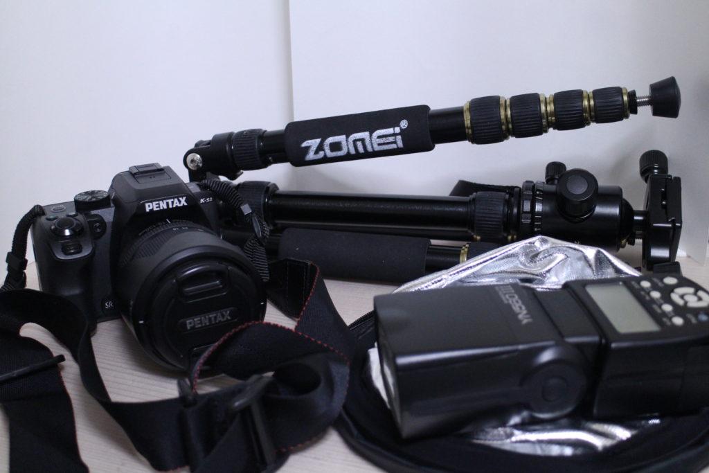 PENTAXの一眼レフカメラや三脚など、今使っている機材を紹介
